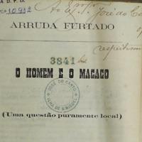 Reprodução parcial da folha de rosto de 'O Homem e o Macaco', com dedicatória de Arruda Furtado a José do Canto.