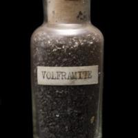 Amostra mineralógica da mina da panasqueira mostrando Concentrado de Volframite