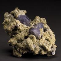 Amostra mineralógica da mina da panasqueira mostrando Apatite azul